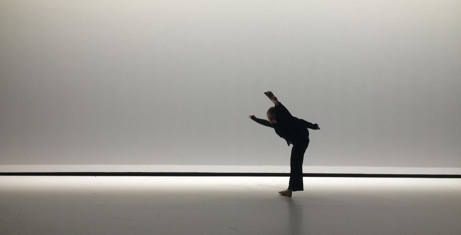 Floor van Woensel danst voor haar bedrijf Dance Floor